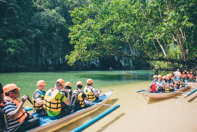 菲律宾超实用热带岛屿旅游美食行程攻略之换乘人力小船