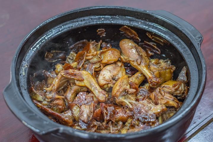 福建泉州古城实用景点美食打卡行程攻略之姜母鸭