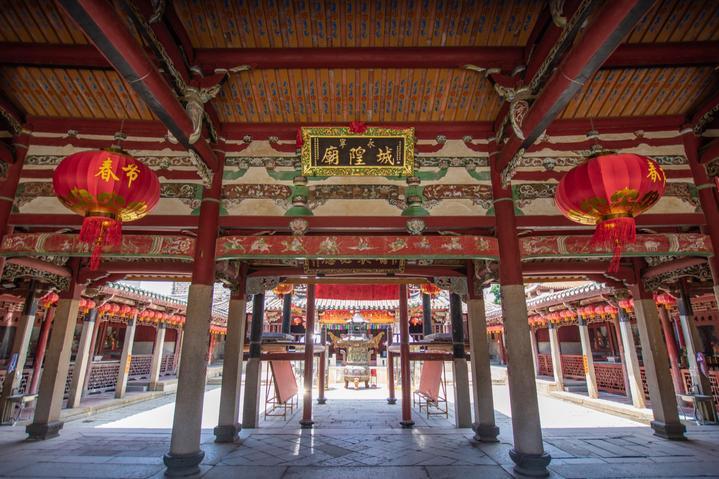 福建泉州古城实用景点美食打卡行程攻略之城隍庙